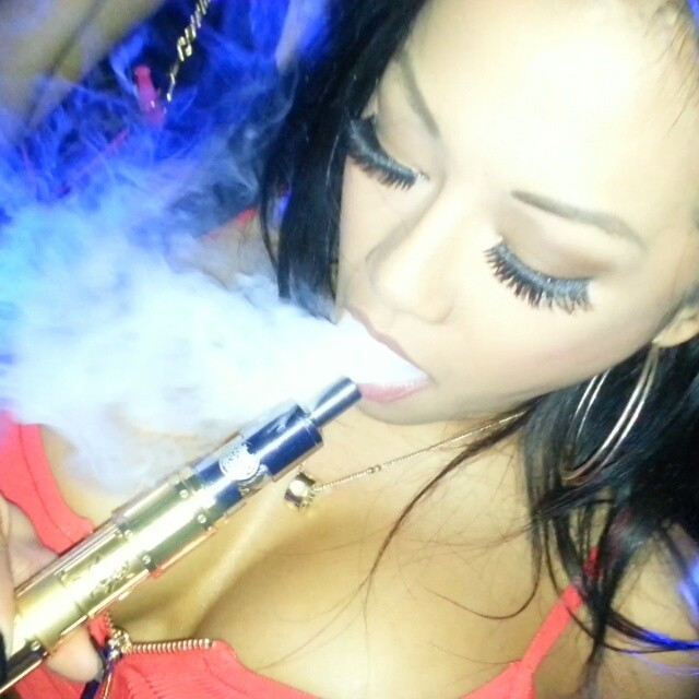 @cjmiles8ig showing off her #vapeclouds with the illest mod in the market. @v3tronix  #flipmod  @xslasvegas last night. #reconmaterial #reconbabes #reconvodeos #cloudcontest #vapemodels #vapeandboobs #girlswhovape #modelswhovape #vapescene #vapecommunity #kraken #rda #cjmiles #vapeporn @vapeporn #vapedolls #vapelyfe #vapors