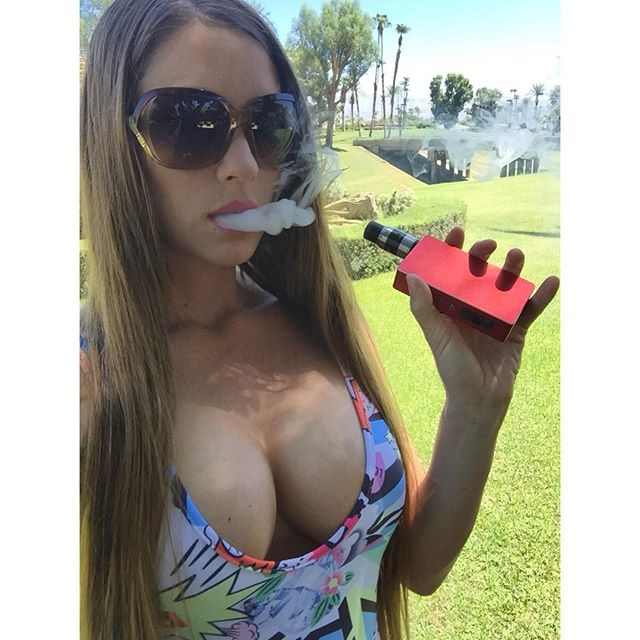 #Vapecation on a Monday #girlswhovape #chickswhovape #vapeporn #vape #vaping #vapefam #vapelife #vapelyfe #vaper #chuckingclouds #cloudchaser #chuckinclouds #vapor #vapeon #vapefam #vapemodel #vapejuice #vapefamily #chickswithwicks #maxvg #smokeless #girlswhodrip #notblowingsmoke #vapecommunity