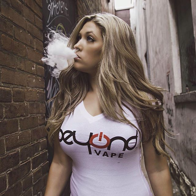 Check out @mekaylavapes rocking her Beyond Vape apparel!Apparel Available at Beyond Vape Capitola |  #beyondvape #ariabuilt #wcw #girlswhovape #vapesirens #girlswhohandcheck #vapeporn #vapehard #vapedaily #vapenation #vapearmy #vapecommunity #vapefam #vapefamily #vapefriends #igvapers #cloudchasers #instavape #vapestagram #vapershouts #vapehooligans #vapefeed