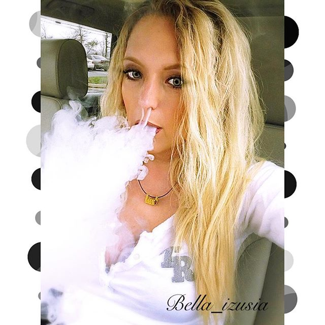 @ms.drea.vapes LEMME SEE SOME CLOUDS!! (If ur feeling better ?)| #socialvapes | #baltimorevape | #marylandvapers | #410vape | #dripgame |#vapepix | #worldwidevapors | #subohmclub | #vapenation | #vapestreet | #vaperazzi | #vapemovement | #vapeworld |#missvaporusa | #girlsofcuttwood | #dripaddictgirls |  #girlsvapehard | #girlswhobuild | #vapelyfe | #vapesociety | #girlswhoslowryde | #notblowingsmoke | #vapingsavedmylife | #vaporgram | #cloudbabes | #vapelikeaboss | #improof | #cloudchasing | #vapeporn
