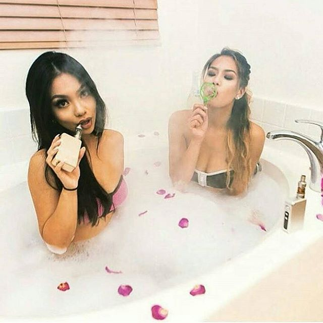 Room for one more? | Featuring the beautiful @loveemanda and @angiejarmin#models #model #babes #babe #girls #girl #girlswhovape #vapemodels #vapegirls #vapebabes #ladies #dimepiece #eliquid #eliquids #ecigs #ecig #vape #vapes #vapeporn #dripclub #vapestagram #vapeallday #cloudporn #vaporlife #vapelife #vapeworld #vapeaddict #vapesociety #vgod